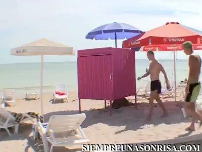 bromas en la paya thumb17 - Broma en la playa