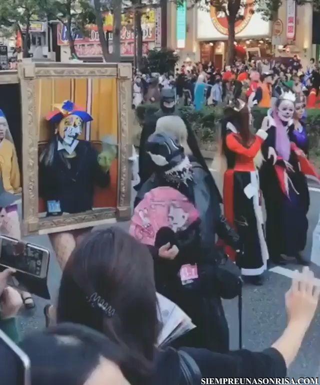 Desfile de arte thumb0 - Desfile de arte