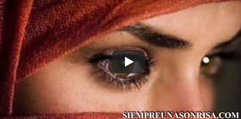 La nueva canción de R Rahman's compuesta en tecnologia 8D