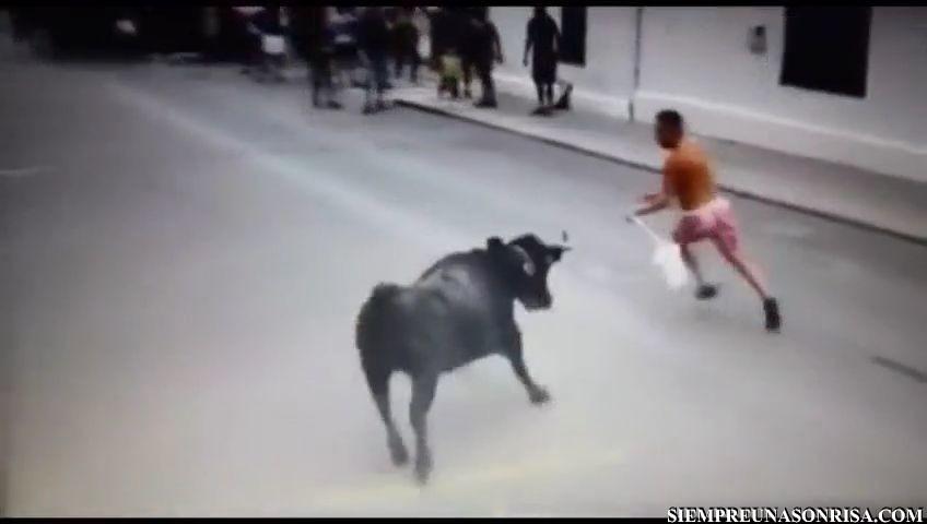 videos fails, encierros,toros,vaquillas, golpes