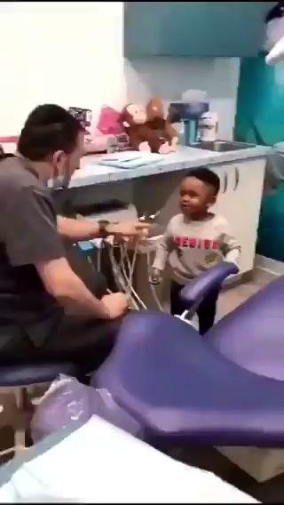 La carita de sorprendido de este niño JAJAJAJA miniatura