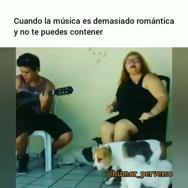 Cuando la música es demasiado romántica miniatura