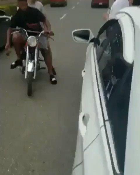 Dejad de hacer el tonto con la moto