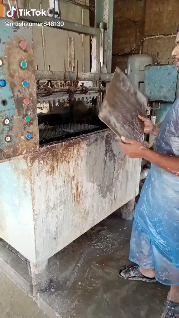 Así se Fabrican las bandejas para huevos
