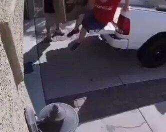 Cariño bájate del coche....