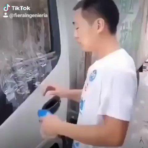 Se quedaron las llaves dentro del coche ? No hay problema…