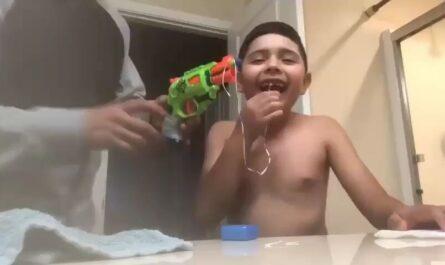 como sacar el diente a un niño videos miniatura