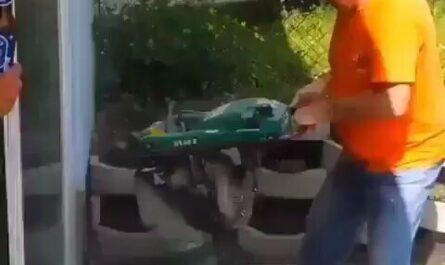 videoshumorrisasvideosdeobreros miniatura