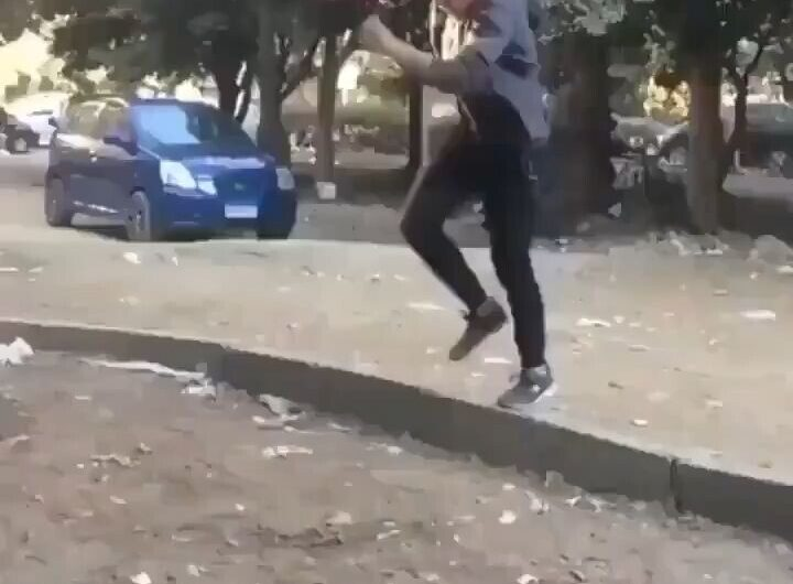 Se me da de puta madre hacer el escorpión