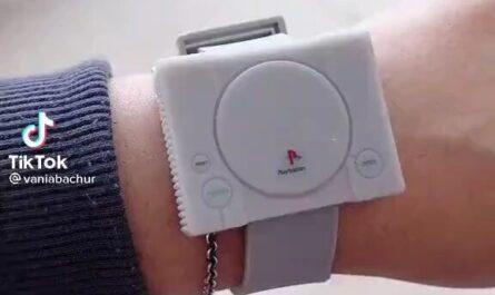 Reloj Playstation, frikis de playstation, objeto sony playstation miniatura